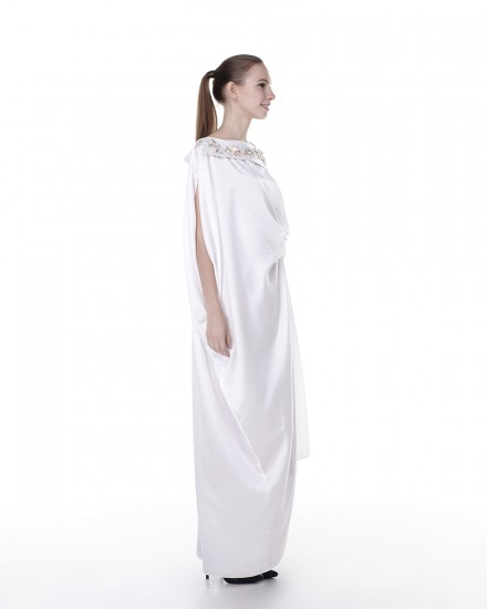 Xylia Origami Front Collar Signature Side Folded Kaftan in Purity White