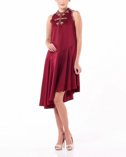 Lien Dress in Maroon