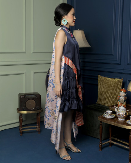 Roulan Cheongsam Dress in Midnight Blue