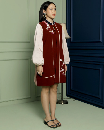 Shu Cheongsam Outerwear in Maroon & Warm Grey
