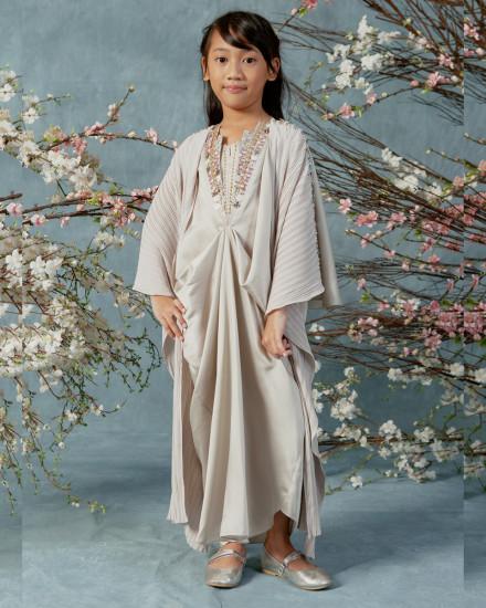 2-9 yo Evren Embellished Petite Three-way Wrap Pleats Kaftan in Pearl Grey