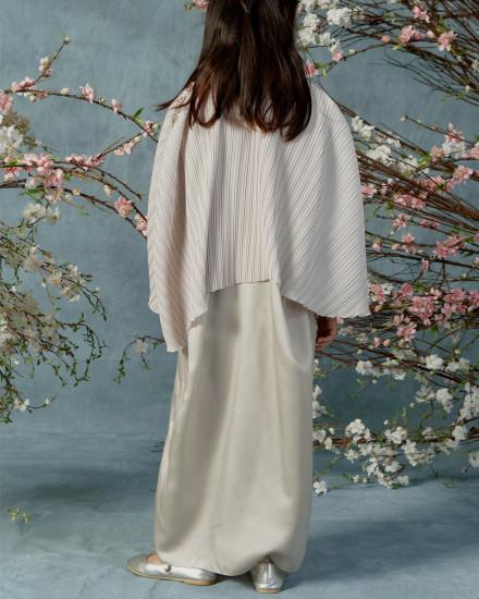 Neuva Petite Cape-effect pleats open shoulder kaftan in Pearl Grey