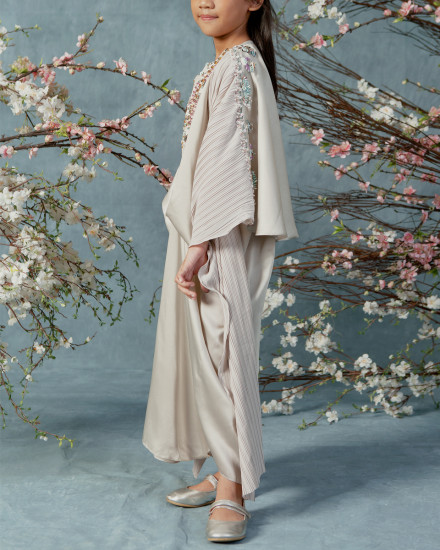 10-15 yo Evren Embellished Teen Three-way Wrap Pleats Kaftan in Pearl Grey