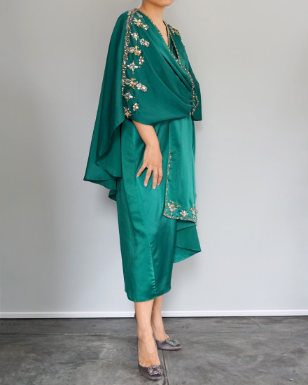 Olesia Midi Signature Wrap Kaftan in Emerald Green