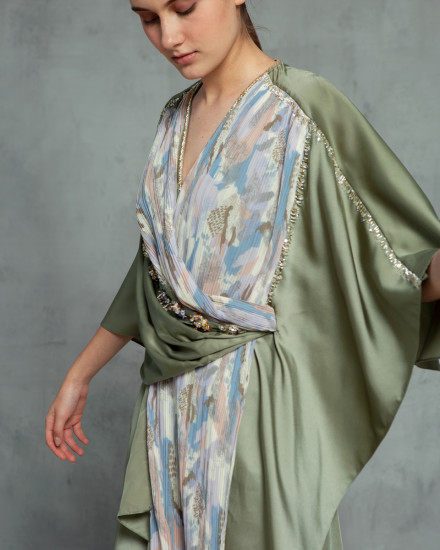 Olesia Signature Wrap Abstract Pleats Kaftan in Shimmer Green